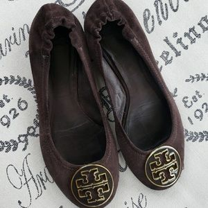 0385f0704d81 Tory Burch Brown Suede Flats Size 6.5
